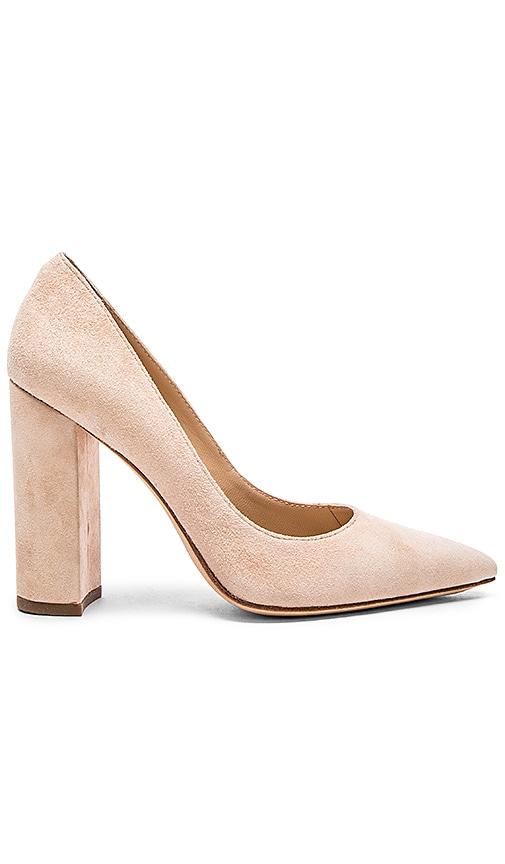 Celina Heel