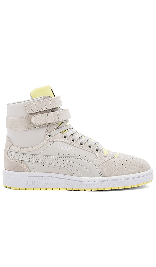 Puma Sky II Streetwear Hi Top Sneaker in Light Gray