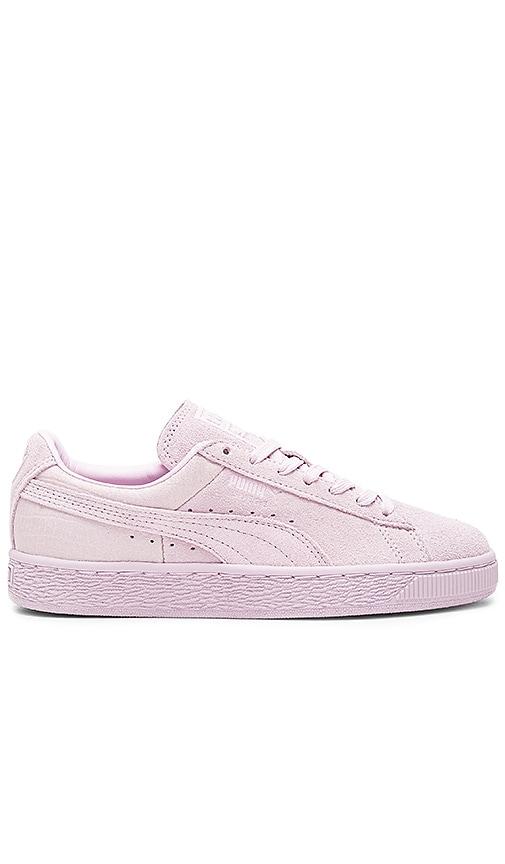 Classic Emboss Sneaker