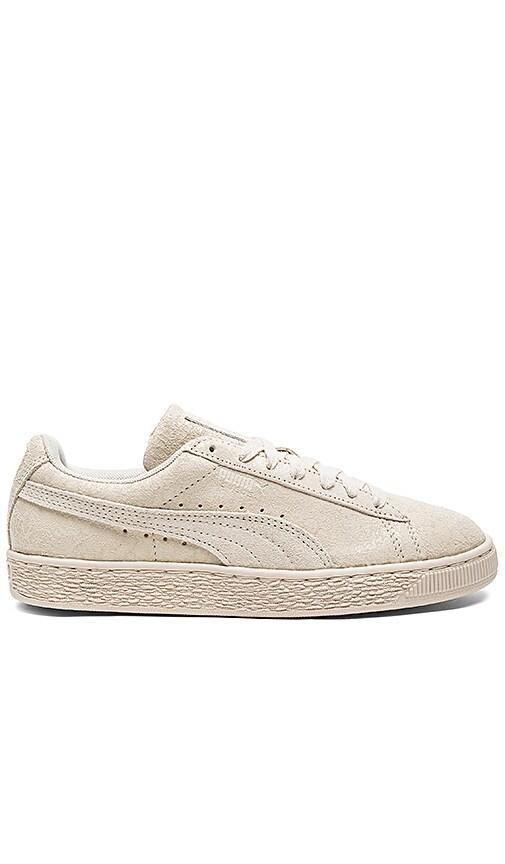 Puma Suede Remaster Sneaker in Cream