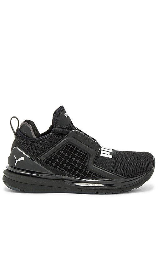 Puma Ignite Limitless Sneaker in Black