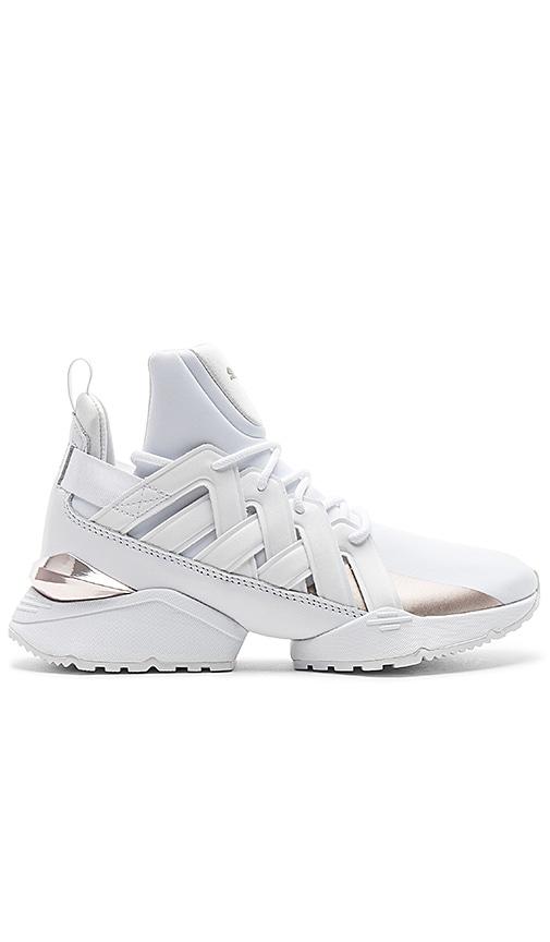Puma Duel Rise Sneaker in White