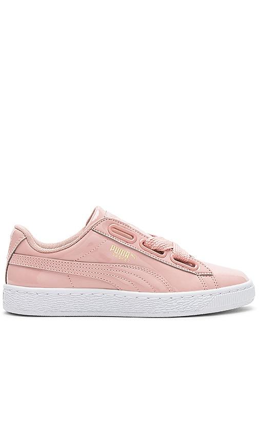 Puma Basket Bow Sneaker in Pink
