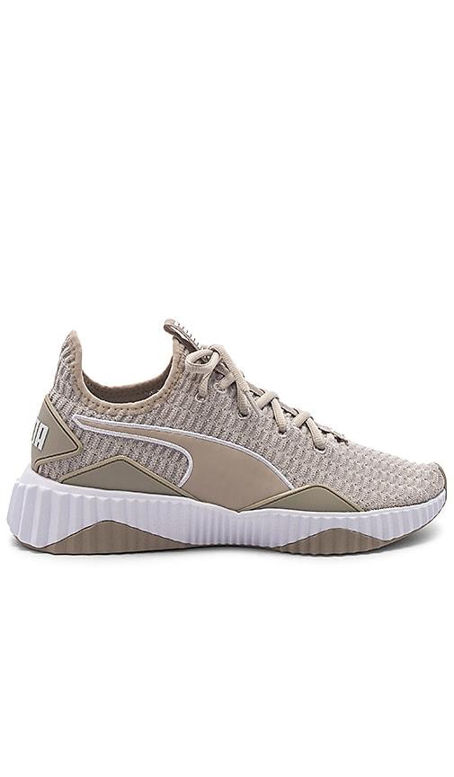 ea3567eeb4e Puma Defy Sneaker in Silver Gray   Puma White