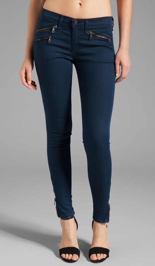 Mid Rise Zipper Legging