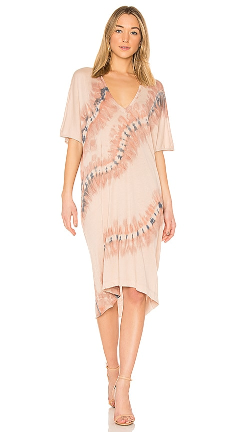 Raquel Allegra V Neck Dress in Blush