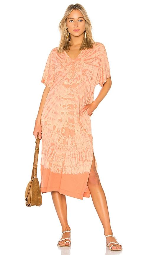 Raquel Allegra V Neck Boxy Dress in Peach