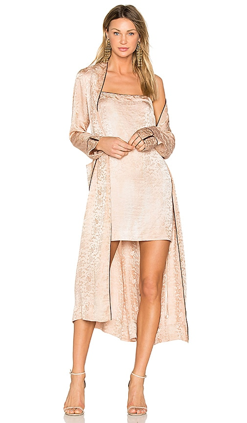 Raquel Allegra Robe Dress in Pink