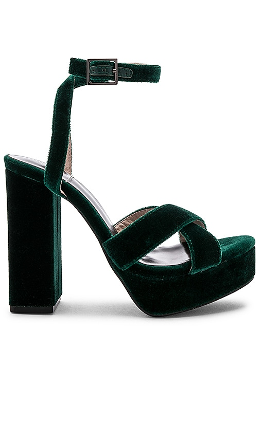 x House Of Harlow 1960 Ari Heel