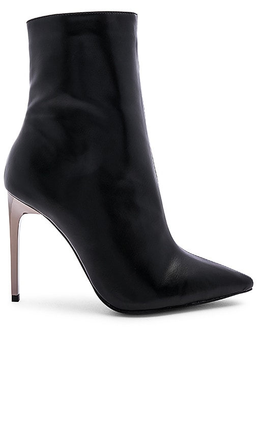 Ingenue Boot