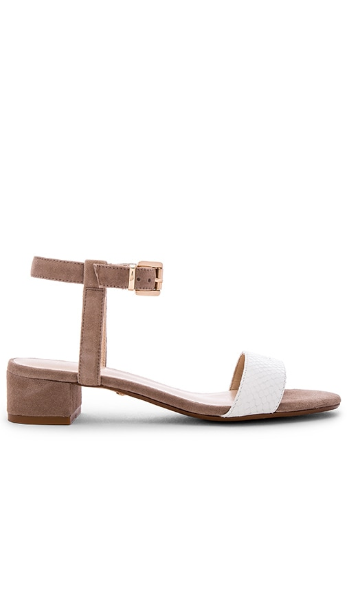 RAYE Andie Sandal in White & Taupe