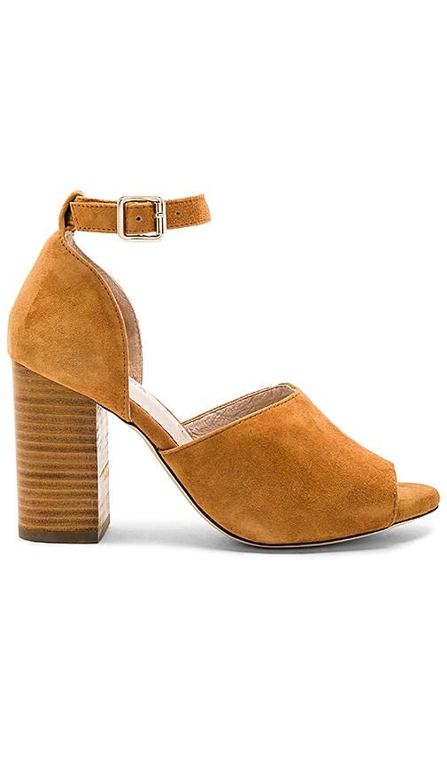 RAYE x Tularosa London Heel in Cognac