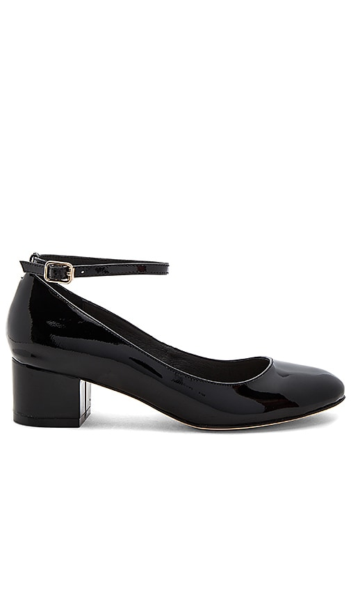 RAYE x REVOLVE Reina Pump in Black