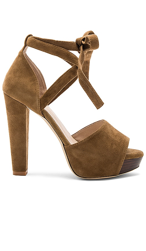 RAYE Hadley Pump in Brown