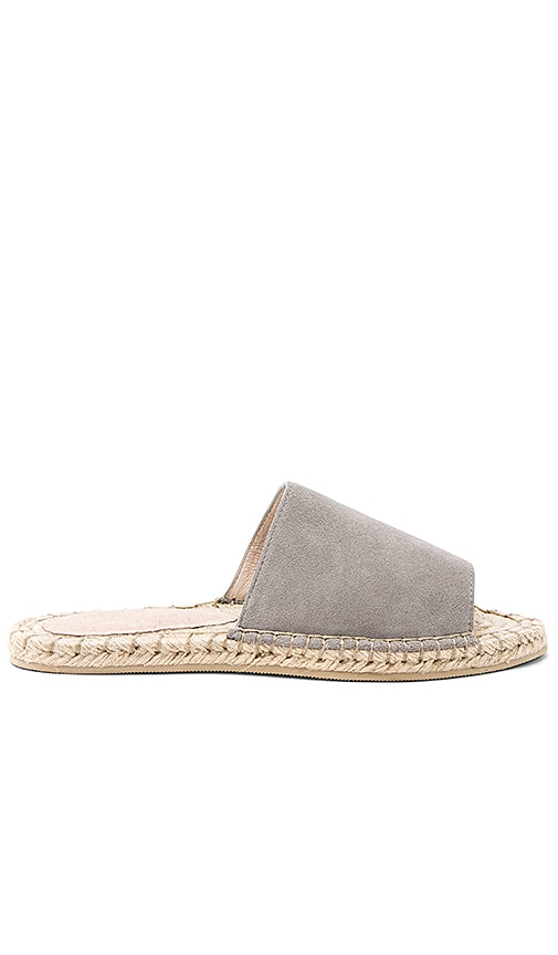 RAYE Diego Sandal in Gray
