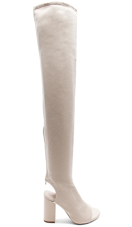 RAYE x REVOLVE Roux Boot in Cream