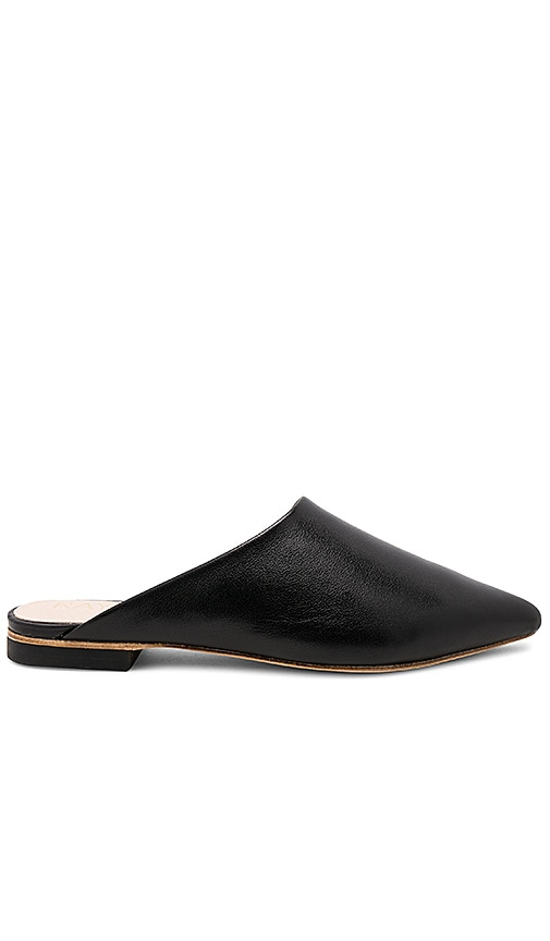 RAYE Starlet Flat in Black