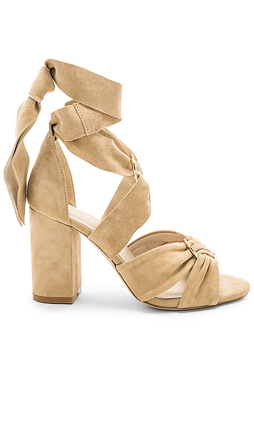 Seira Heel in Tan. - size 9 (also in 8,8.5,9.5) Raye