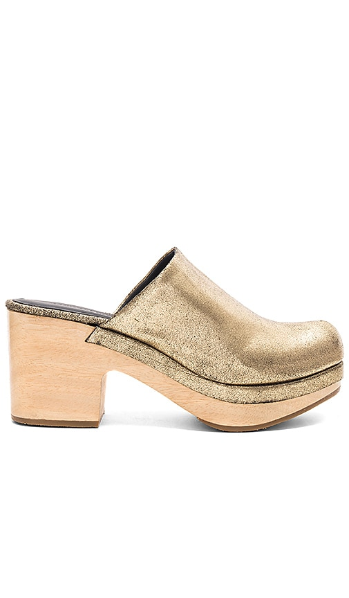 Rachel Comey Bose Mules in Metallic Gold