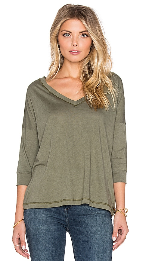 Regalect Eryulle Dolman 3/4 Sleeve Top in Army Green