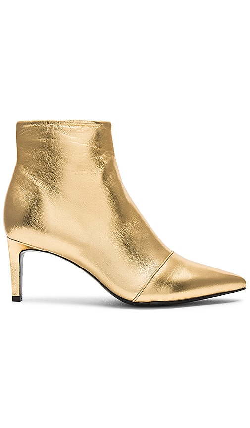 Rag & Bone Beha Boot in Gold | REVOLVE