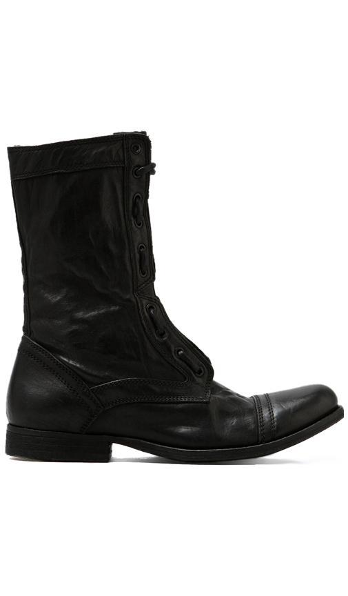 Delve Boots