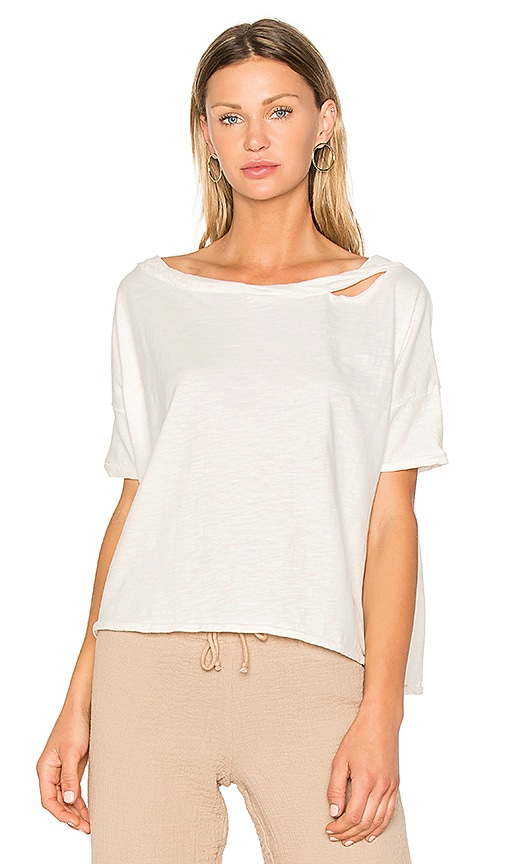 ROI Off Shoulder Box Tee in White