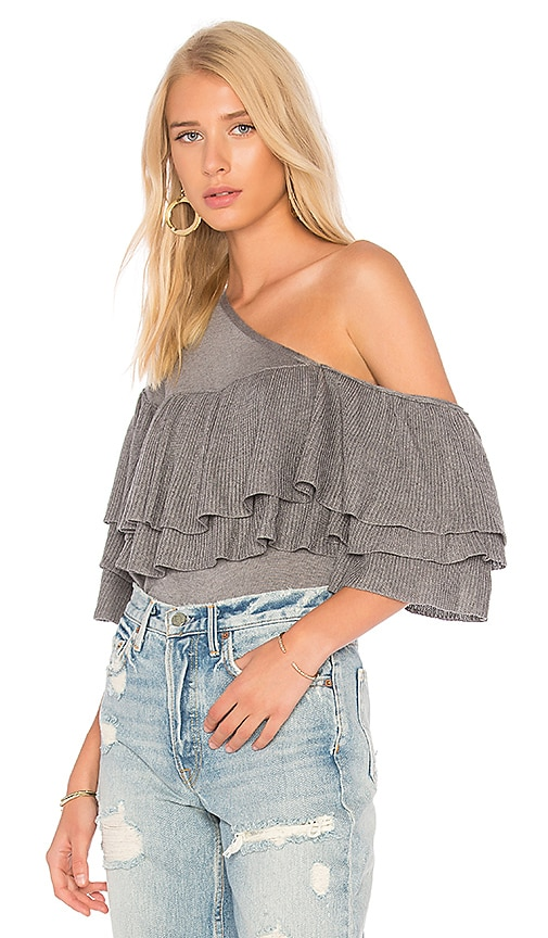 ROI One Shoulder Ruffle Tee in Gray