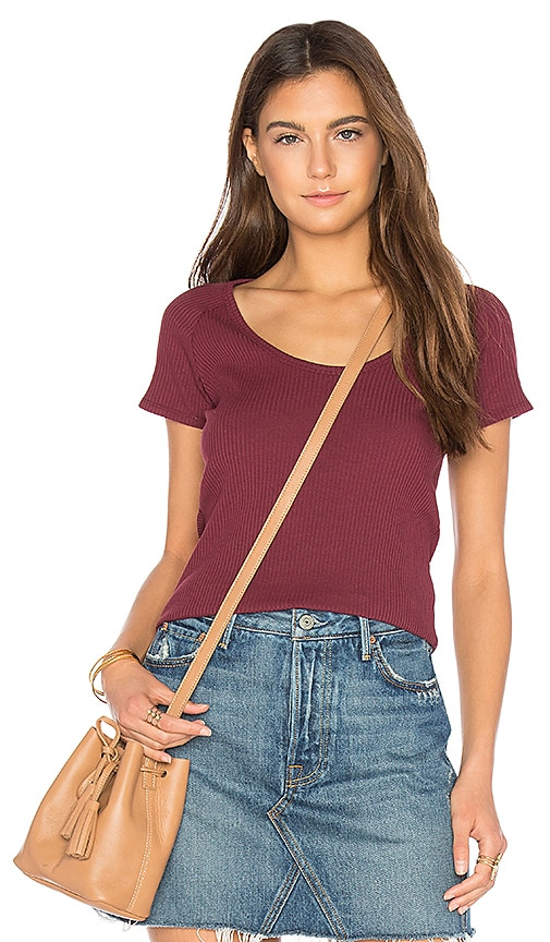ROLLA'S Classic Rib Tee in Red