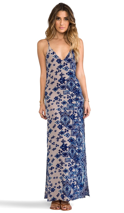 Jan Deep V-Neck Maxi Dress