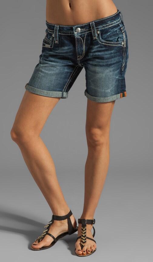 Lydia Easy Short