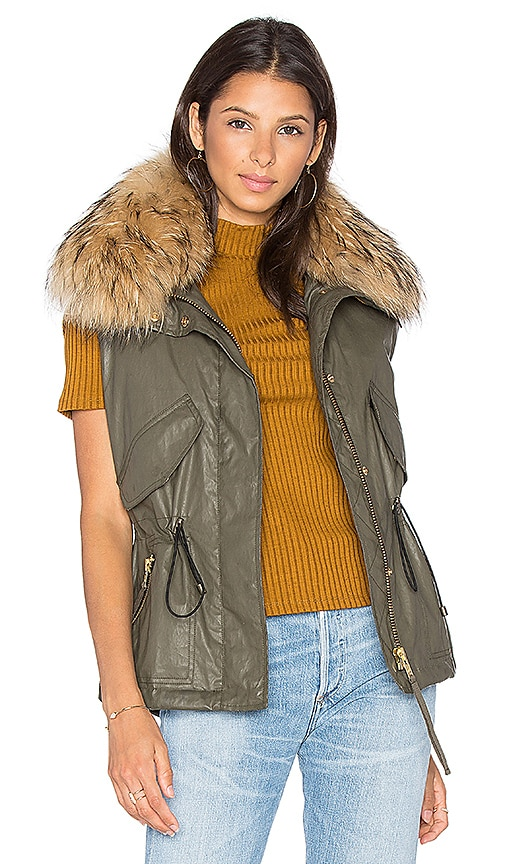 SAM. Dakota Vest with Asiatic Raccoon Fur in Olive