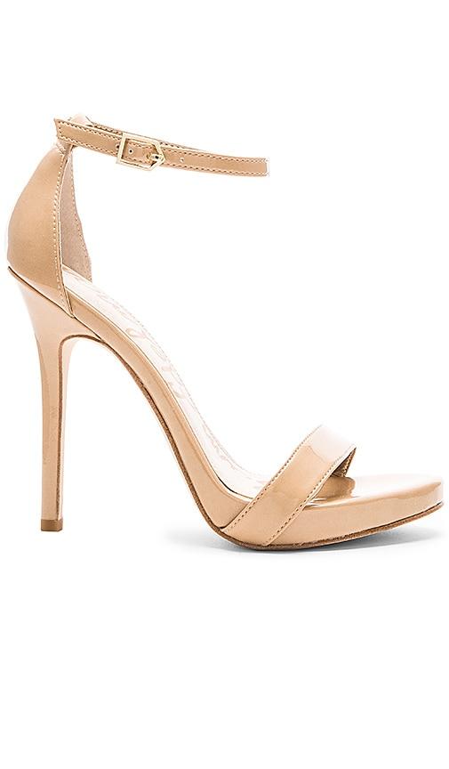 Eleanor Heel