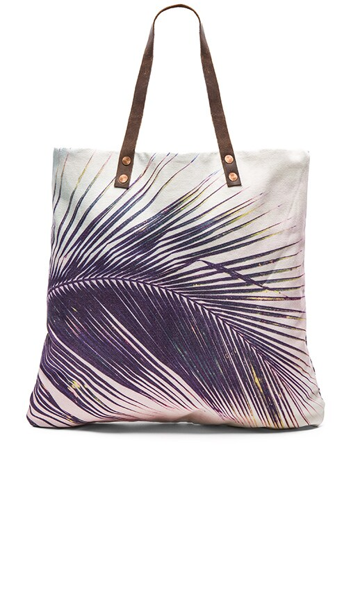Makena Palm Flat Tote