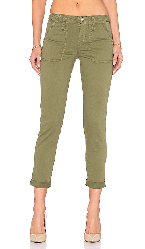 Sanctuary Relaxed Traveler Pant in Army