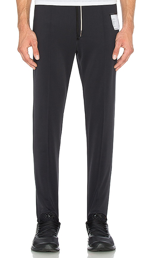 Satisfy Stirrup Pant in Black