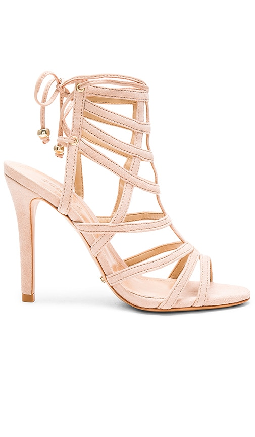 Latonya Heel