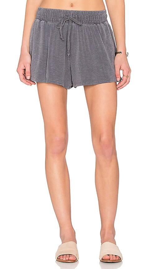 SUNDRY Slub Spandex Shorts in Gray