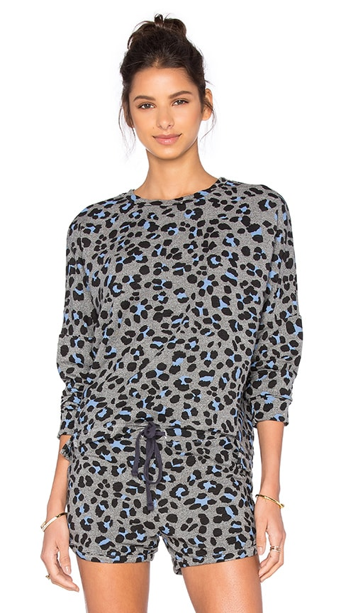 SUNDRY Leopard Print Doman Pullover Top in Heather Grey
