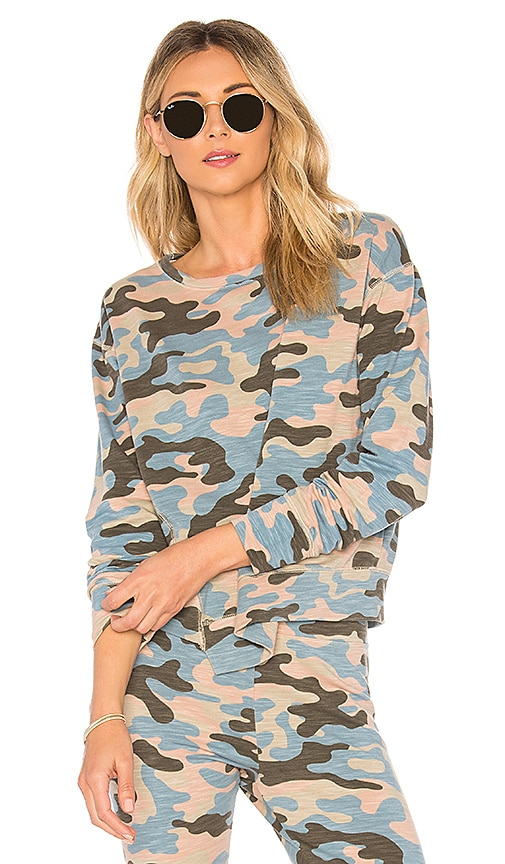 SUNDRY Camo Asymmetrical Hem Pullover in Pink