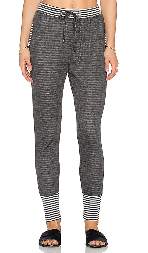 SUNDRY Striped Pleated Slouchy Pant in Natural