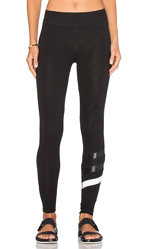 SUNDRY Stripes Yoga Pant in Old Black