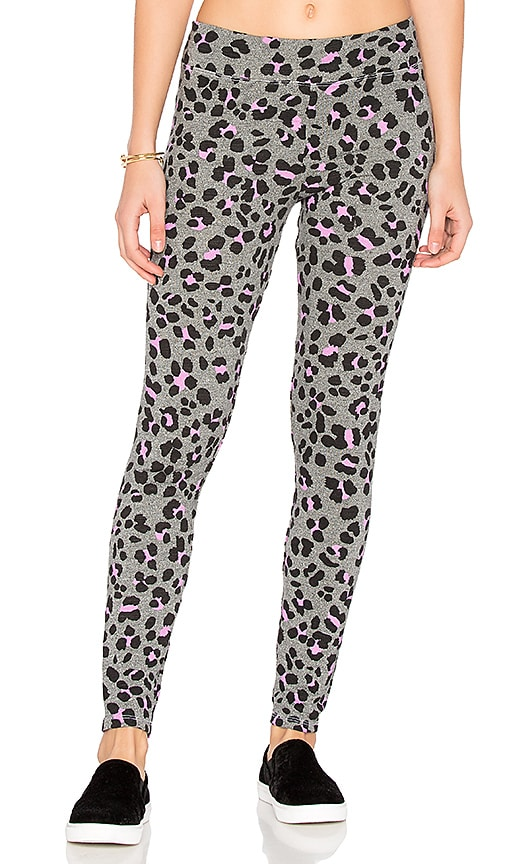 SUNDRY Leopard Yoga Pants in Gray