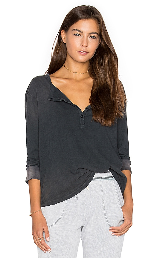 SUNDRY Distressed Jersey Henley in Charcoal
