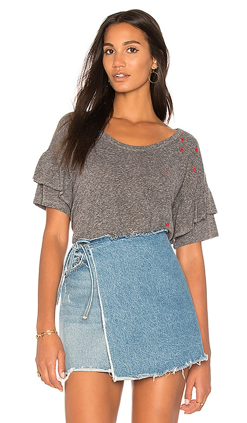 SUNDRY Mini Hearts Ruffle Tee in Gray