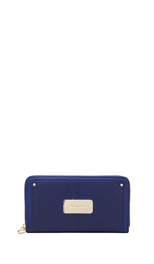 Nellie Long Zipped Wallet