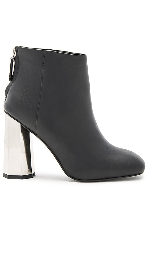 SENSO Ura I Bootie in Black