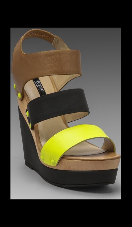 DIFFUSION Tessa Wedge Sandal