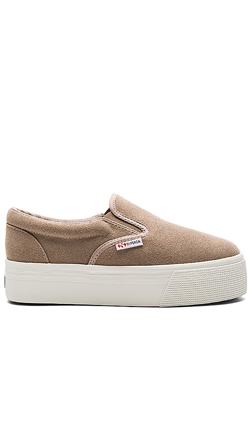 Superga 2314 SUEW Sneaker in Taupe