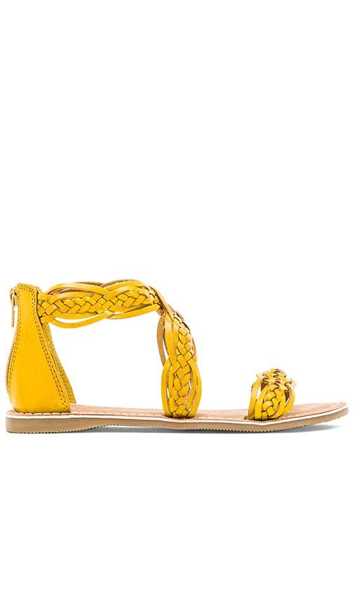Seychelles Scorpio Sandal in Yellow